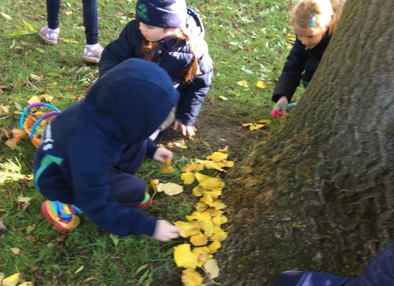 Pupils in Golders Hill Park